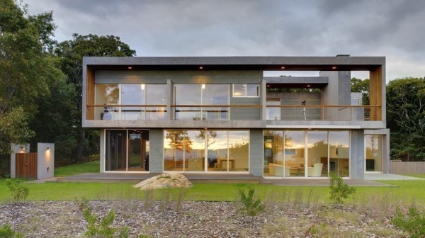 moderne Häuser große Fassade in Grau