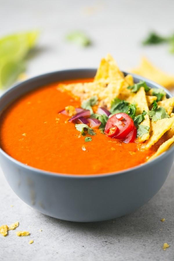 pikante kalte tomatensuppe gazpacho rezept