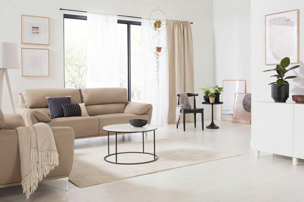 puristisch wohnen dezente farben und designer möbel
