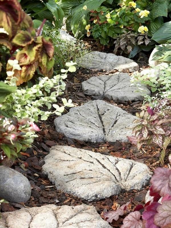 trittsteine garten idee für den naturgarten