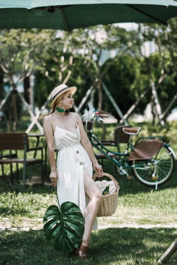 wundervolle weiße Damenkleider
