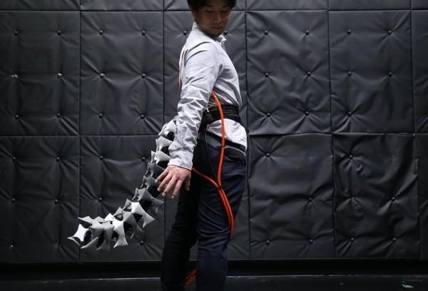 Arque ist ein Roboterschwanz, der Ihr Gleichgewicht und Beweglichkeit verbessert roboter schwanz im test