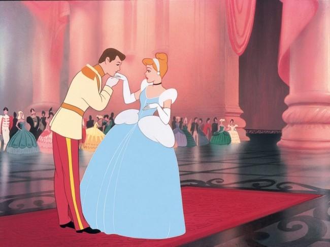 Dies sind alle kommenden Remakes von Disney prinz charming aus dornröschen
