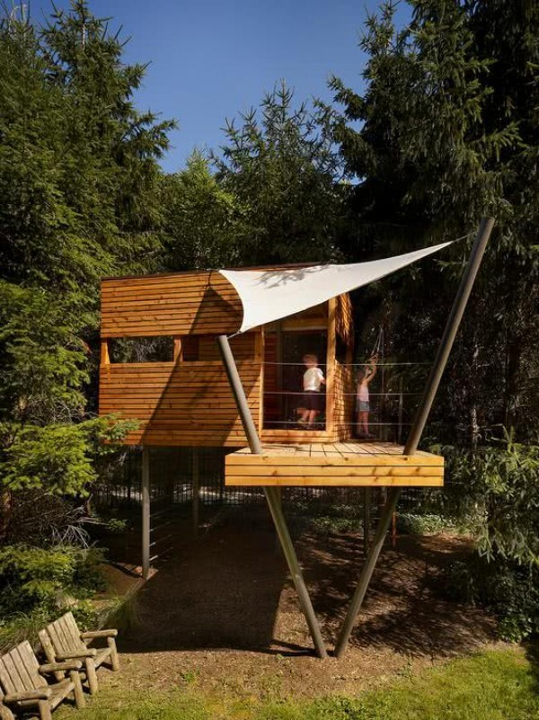 Holz konstruktion - baumhaus
