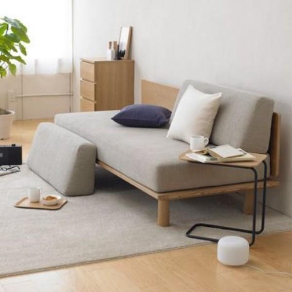 Japanisches Wohnzimmer Inneneinrichtung ein Futon in Grau