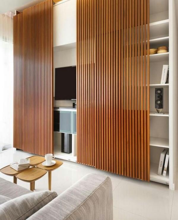 Japanisches Wohnzimmer Schiebewände aus Bambus praktische und ästhetische Funktion