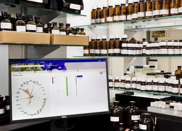 KI kreierte Parfums kommen bald auf den Markt Symrise philyra projekt