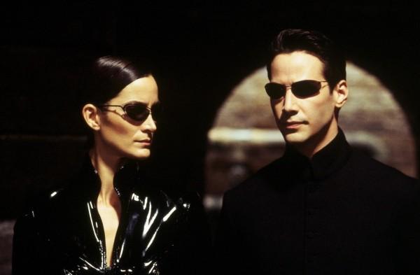 Keanu Reeves und Carrie-Anne Moss kehren in The Matrix 4 zurück lieblingscharaktere neo und trinity