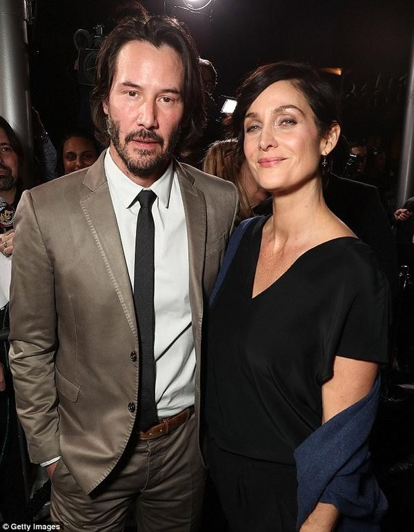 Keanu Reeves und Carrie-Anne Moss kehren in The Matrix 4 zurück original besetzung kehrt zurück