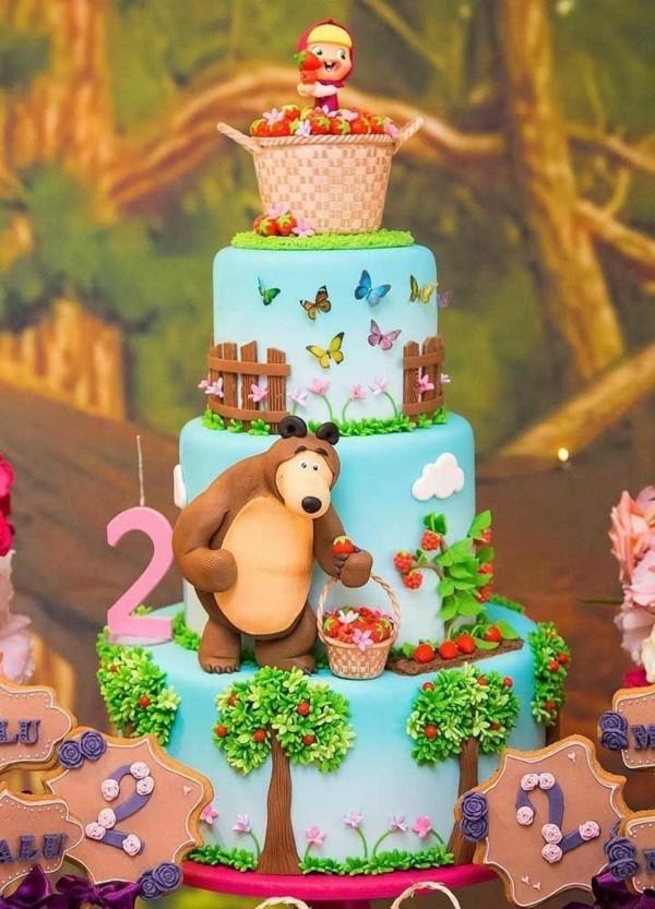 Mascha und der Bär Torte 3 Etagen Motivtorte Kindergeburtstag
