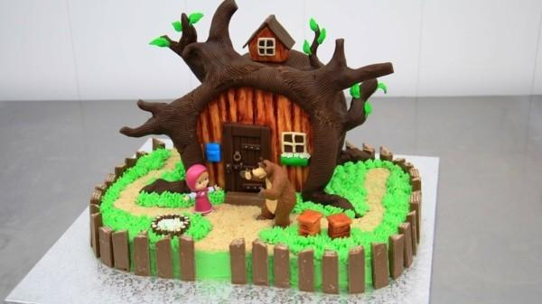 Mascha und der Bär Torte Kindertorte bestellen Masha i Medved Haus Motivtorte