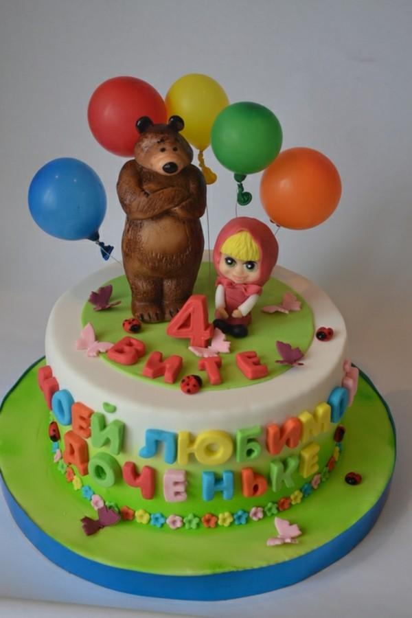 Mascha und der Bär Torte Motivtorte Kindergeburtstag 4 jährige