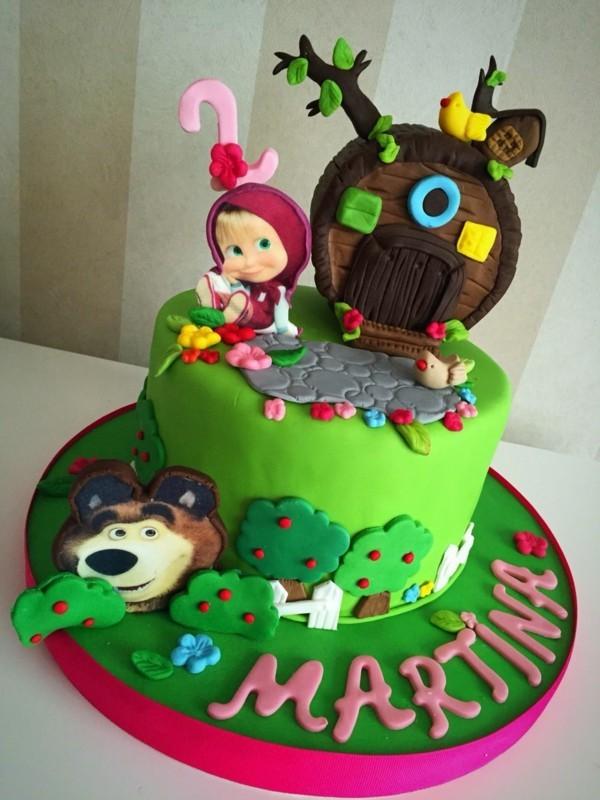 Mascha und der Bär Torte Motivtorte Kindergeburtstag Fondant Torte