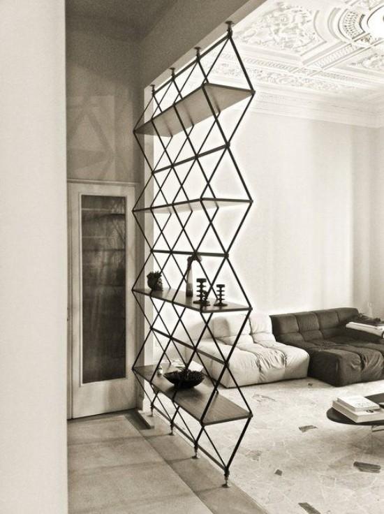 Raumteiler leichte Konstruktion aus Metall auffälliges Design Souvenirs zur Schau stellen Sitzecke absondern