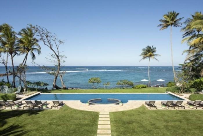Restaurierung eine historische Villa in Puerto kleiner Infinity-Pool schwimmen surfen im Karibischen Meer