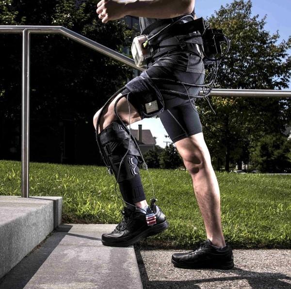 Roboter Shorts erleichtern das Gehen und Laufen frühere versionen sperrig groß