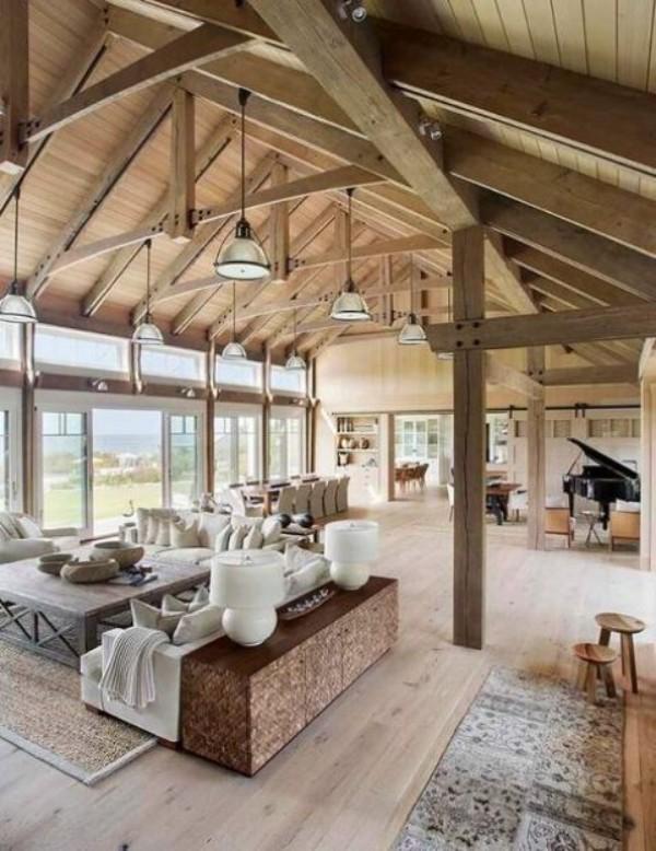 Scheune umbauen viel Wohnkomfort helles Interieur sehr einladend wirken