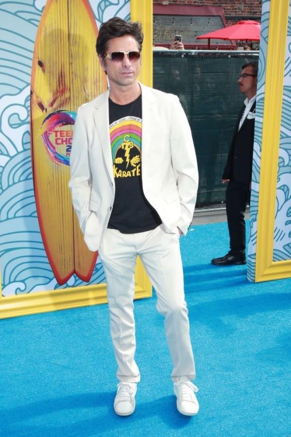 Teen Choice Awards weißer Anzug