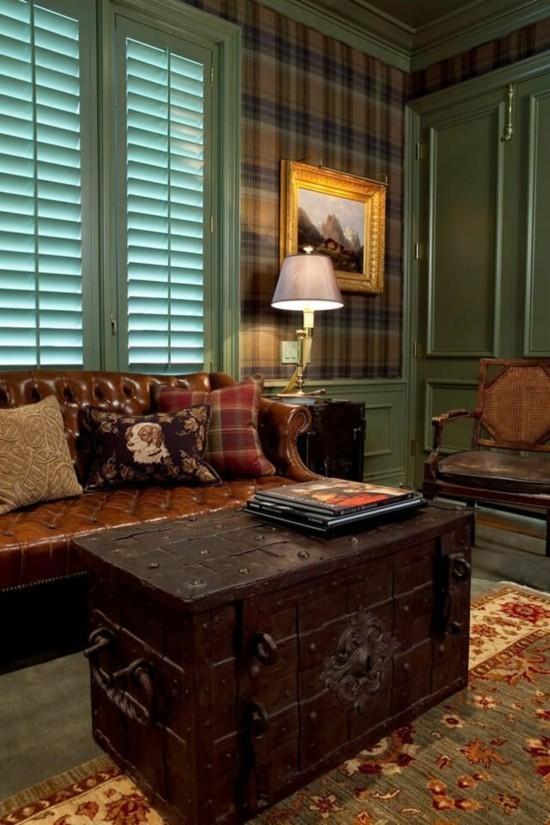 antiker truhentisch leder sofa