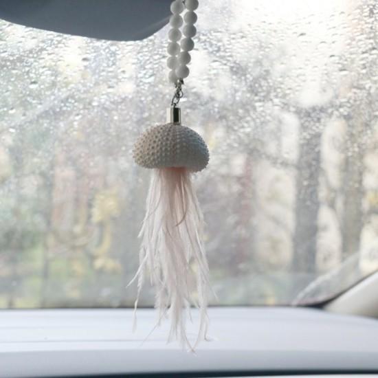 auto deko anhänger aus seeigel gehäuse mit federn