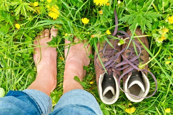 earthing barfuß laufen gesunde wirkung
