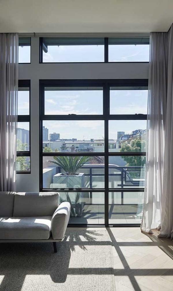 eine riesige Fensterwand - aluminiumfenster