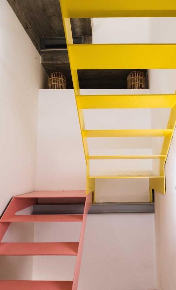 gelbe und rosa Treppengestaltung - Treppen Innen
