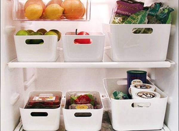 geruch im kühlschrank volle regale