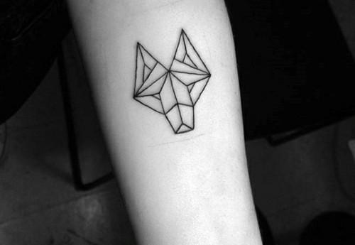 grafische kleine tattoos männer wolf