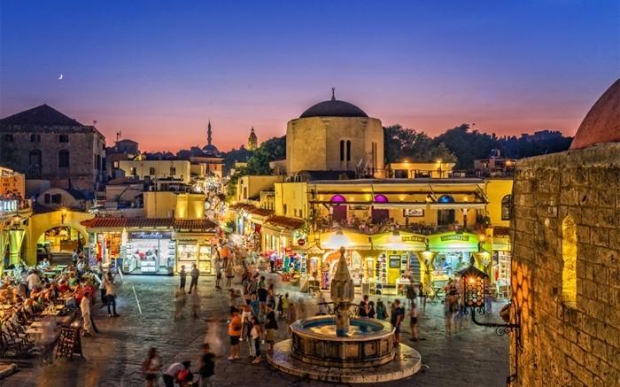 griechische Inseln Rhodos Altstadt Sehenswürdigkeiten Nacht
