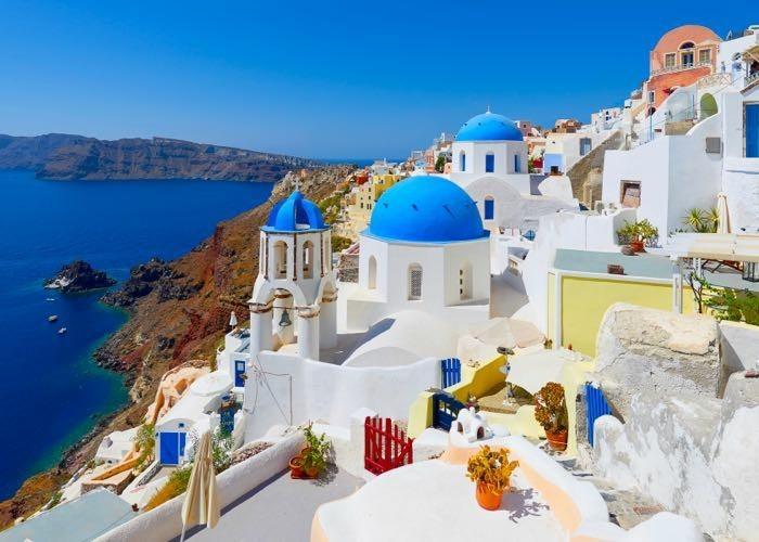 griechische Inseln Santorin Küste Häuser Sommerurlaub