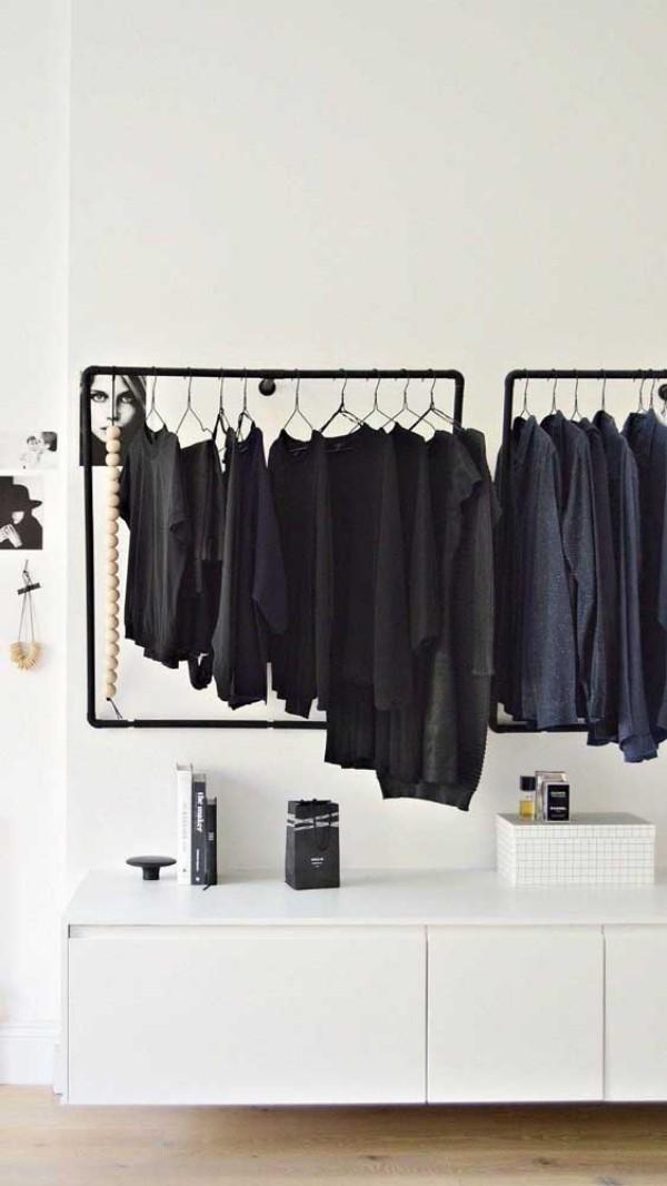 offener kleiderschrank - schwarze outfits