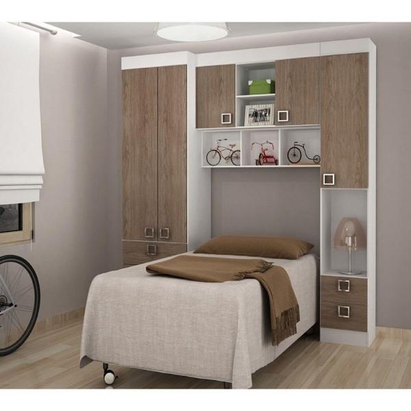 sehr kleine einzimmerwohnung mit bett
