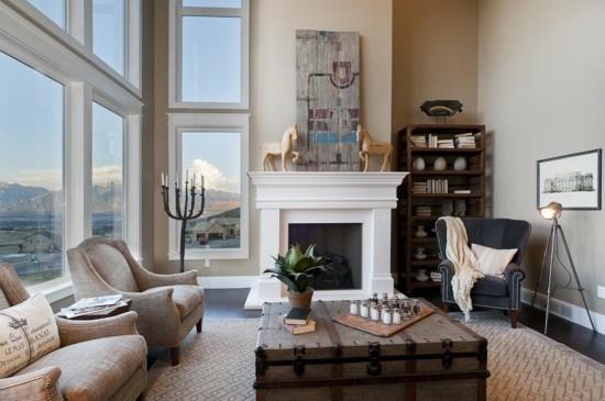 truhentisch im klassischen wohnzimmer