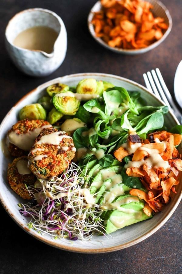 vegane buddha bowl rezepte rosenkohl sprosse avocado