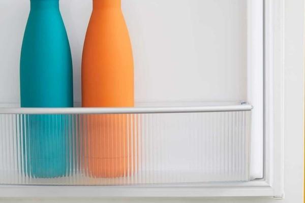 wunderbar geordnete regale geruch im kühlschrank
