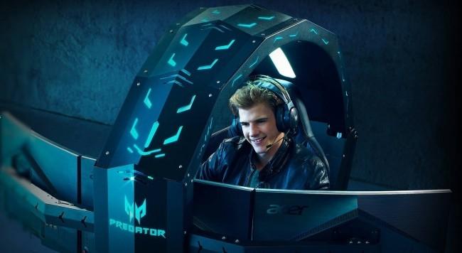 Acer enthüllt neuer Gaming Thron auf der IFA 2019 Acer Predator Thronos Air drei monitoren
