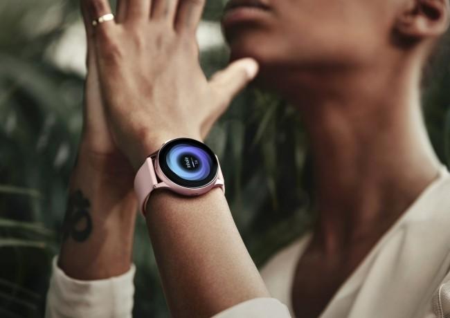 Gründe, warum jeder eine Smartwatch haben sollte galaxy active 2 modern aktuell
