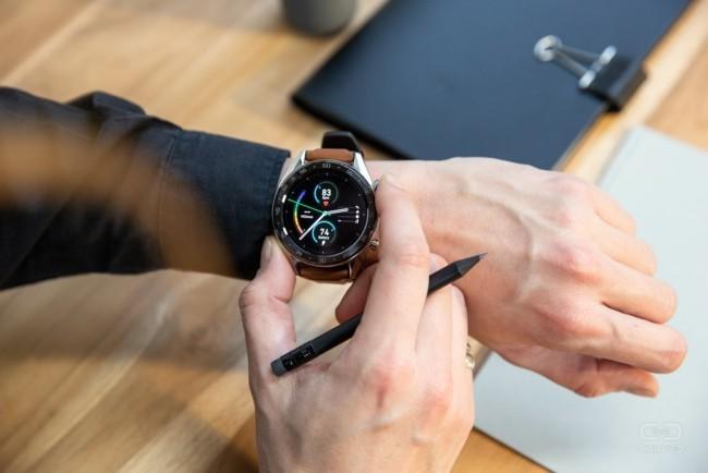 Gründe, warum jeder eine Smartwatch haben sollte huawei rundes zifferblatt