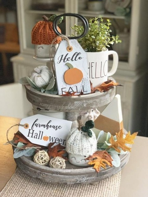 Herbstdeko in der Küche alter Ständer dekoriert Halloween Herbst Arrangement