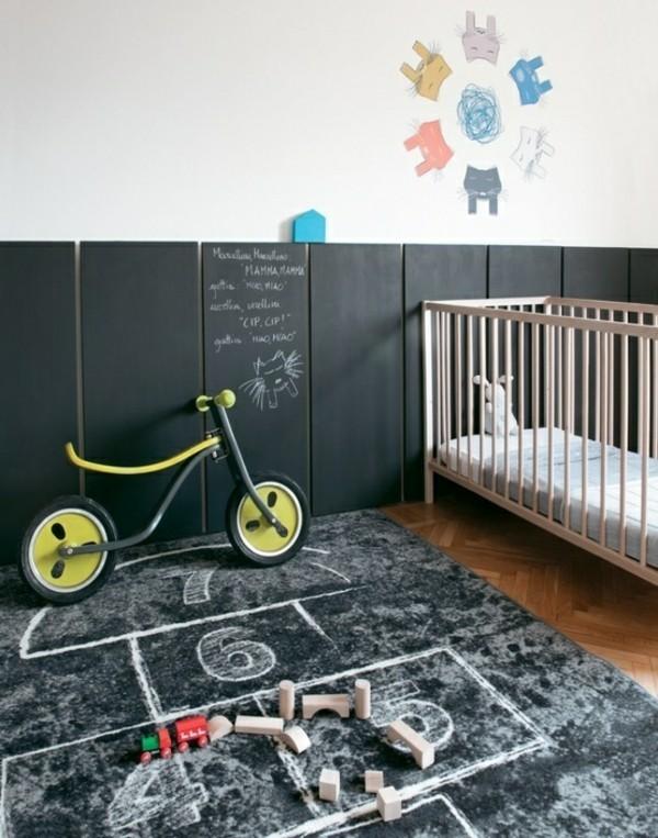 Kinderzimmer Boden Tafelfarbe kreative Wandgestaltung Tafelfolie