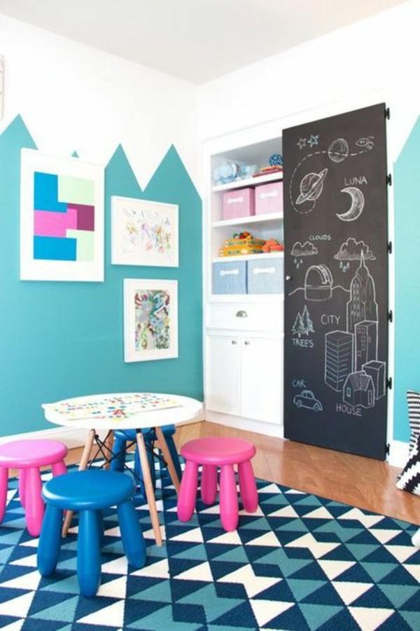 Kinderzimmer Tafelfarbe türkis kreative Wandgestaltung
