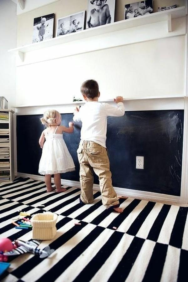 Kreidetafel berahmt Kinderzimmer Tafelfarbe kreative Wandgestaltung