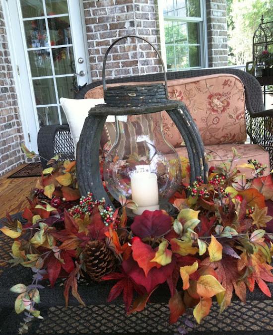 Laternen tolle Herbstdeko mit Laternen draußen auf der Terrasse