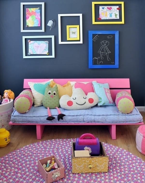 Tafelfarbe Kinderzimmer Wand Ideen Bilderrahmen grelle Farben
