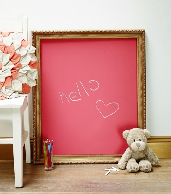 Tafelfarbe Kinderzimmer Wanddeko Ideen Kreidetafel Pink Holzrahmen