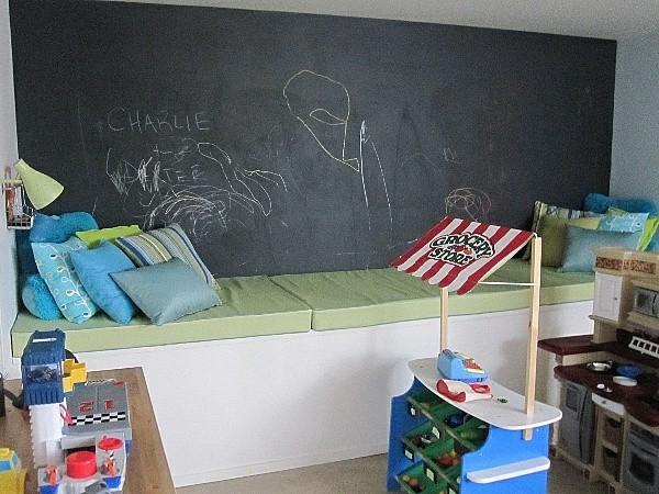 Tafelfarbe Wand Kinderzimmer Wanddeko Entspannungsecke Kissen