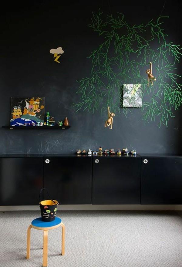 Wände streichen Wandfarbe schwarz Tafelfarbe magnetisch