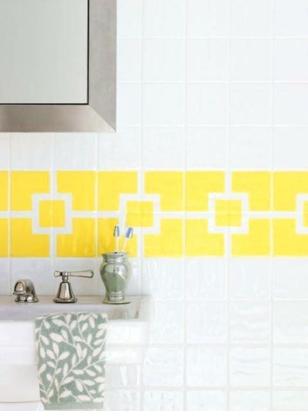 Was ist Kreidefarbe Fliesen mit Kreidefarbe streichen Badezimmer Fliesen Muster