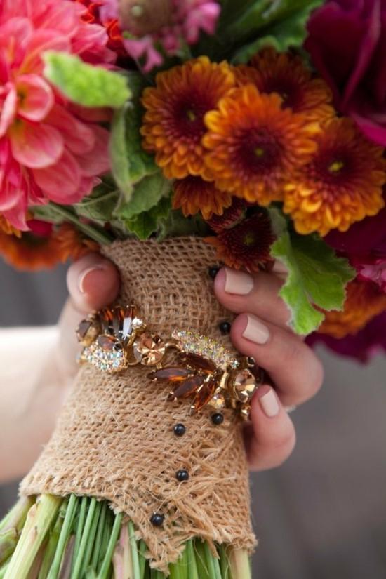 boho brautstrauß herbst mit chrysanthemen
